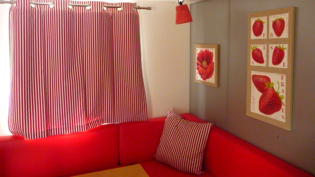 Relooking mobil home rouge